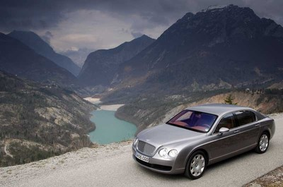 2006_bentley_flying_spur.jpg